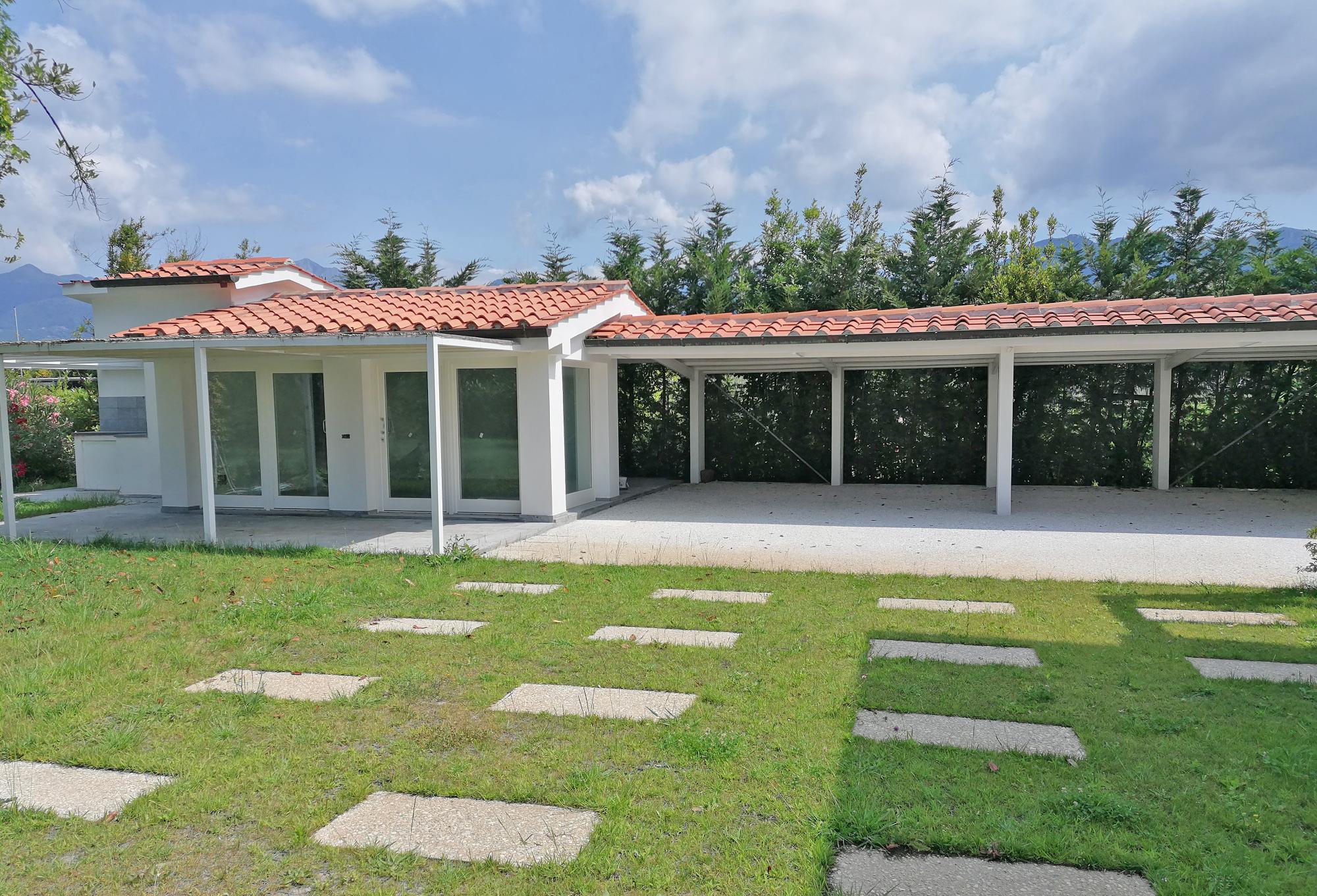 Dependance-Villa-a-Forte-dei-Marmi-per-w